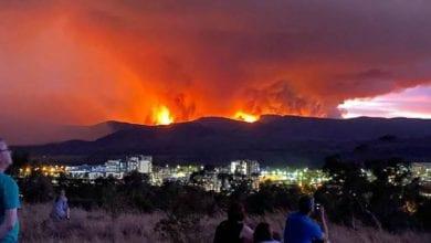 Photo of Proglašeno VANREDNO STANJE u prestonici Australije, jer se nadomak Kanbere požari šire nekontrolisano (VIDEO)